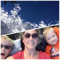 mama-and-boys-clouds